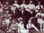 Василий Дробный с учениками
